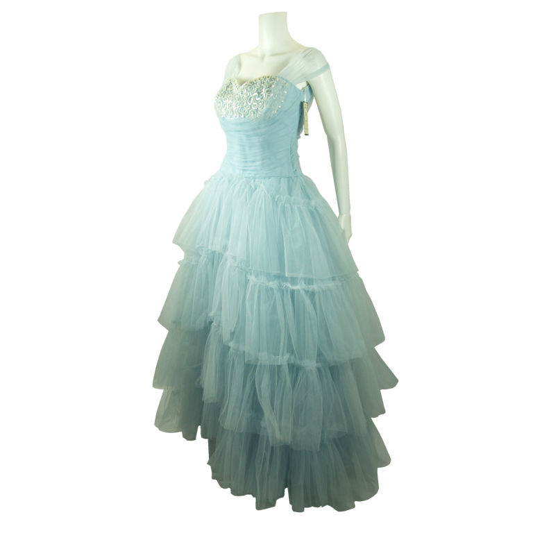 wedding dress | Fashion\'s Evil Twin: Honesty